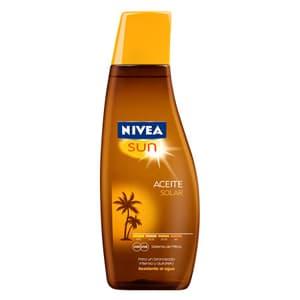 I-quiero.com - Nivea Sun Aceite FPS2 200ml - Codigo:ABJ44 - Detalles: Aceite solar FPS 2 x 200 ml. El Aceite Solar le da a tu piel un hermoso bronceado dorado. Su f�rmula con complejo de l�pidos y aceite de jojoba mantiene el nivel de humectaci�n de la piel, dej�ndola suave.El sistema de proteccion NIVEA SUN UVA/UVB brinda baja proteccion sobre las quemaduras solares.Resistente al agua.Su contenido de vitamina E protege contra los radicales libres.Dermatologicamente probado  - - Para mayores informes llamenos al Telf: 225-5120 o 476-0753.