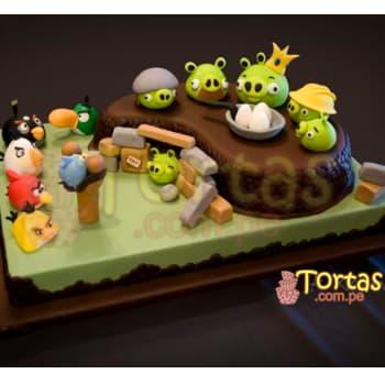 Tortas.com.pe - Torta Angry Birds 01 - Codigo:ABR01 - Detalles: Torta Art�stica de 40cm x 30cm incluye un segundo nivel seg�n foto y personajes angry birds, incluye detalles de az�car seg�n imagen Torta a base de keke De Vainilla, relleno de manjar blanca y forrado en masa el�stica, todo el decorado tambi�n es a base de masa el�stica.  - - Para mayores informes llamenos al Telf: 225-5120 o 476-0753.