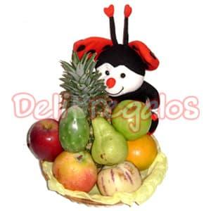 Grameco.com - Canasta de Frutas Lola - Codigo:ACI01 - Detalles: Linda Canasta de mimbre envuelta en papel celof�n que contiene:- 1 Peluche Generico Segun stock de 16cm de altura - 1 Manzana roja - 1 Manzana verde - 1 Mango - 1 Pepino - 1 Naranja - 1 Pi�a - 1 Tuna - 1 Pera.  - - Para mayores informes llamenos al Telf: 225-5120 o 476-0753.