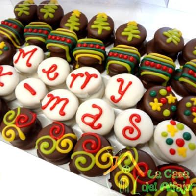 i-quiero.com - Alfajores para Navidad con mensaje - Codigo:AFN12 - Detalles: Deliciosos alfajores grandes de 4cm c/u rellenos con exquisito manjar blanco, la decoracion es en exquisita masa elastica, cada uno viene en elegante elvoltura de aluminio y la presentacion es en caja de regalo. Cantidad: 35 unidades - - Para mayores informes llamenos al Telf: 225-5120 o 476-0753.