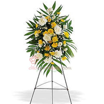 i-quiero.com - Arreglo para Aniversario con Flores Amarillas - Codigo:AGP03 - Detalles: Imponente arreglo compuesto por flores y follaje de estaci�n. Mide 1.6m de alto  - - Para mayores informes llamenos al Telf: 225-5120 o 476-0753.