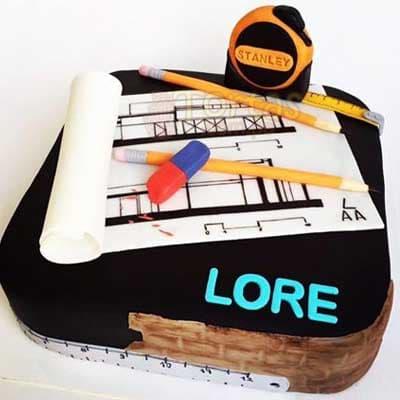 I-quiero.com - Especial 06 - Codigo:ARQ06 - Detalles: Deliciosa torta de keke De Vainilla ba�ada con manjar y forrada con masa elastica de Medida 25 X 25 cm diametro decoracion en masa elastica/foto imprension, base forrado en papel de aluminio. - - Para mayores informes llamenos al Telf: 225-5120 o 476-0753.