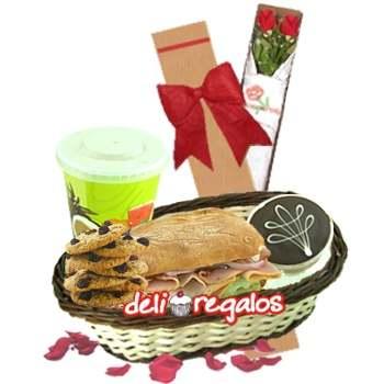 Deayuno con Rosas para novia - Whatsapp: 980-660044