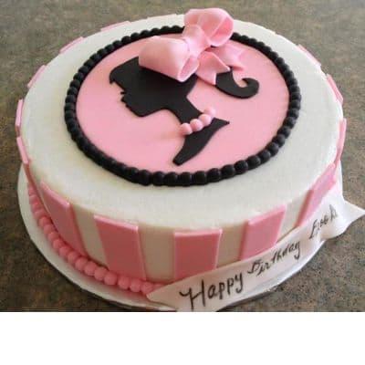 Desayunosperu.com - Torta Barbie 01  - Codigo:BRE01 - Detalles: Deliciosa torta de keke De Vainilla  ba�ada con manjar blanco y forrada con masa elastica con medidas de 20 cm de diametro , todo el dise�o en masa elastica - - Para mayores informes llamenos al Telf: 225-5120 o 476-0753.