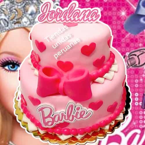 Desayunosperu.com - Torta Barbie 09 - Codigo:BRE09 - Detalles: Deliciosa torta de keke De Vainilla  , ba�ada con manjar blanco y forrada con masa elastica con medidas de 1er piso de 20 cm de diametro y 2do piso de 10 cm de diamtro, logo de barbie en fotoimpresion comestible. - - Para mayores informes llamenos al Telf: 225-5120 o 476-0753.