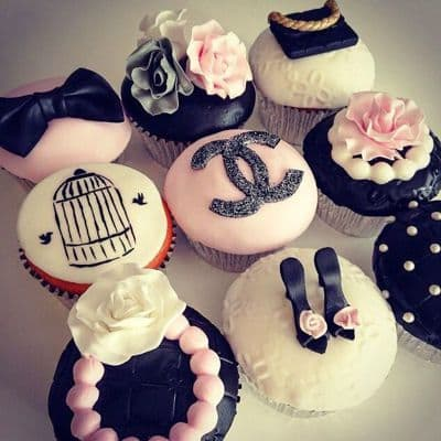 Chanel fondant cake | Torta para chicas |  Pastel de Chanel | Torta Chanel para joven - Cod:CHL05