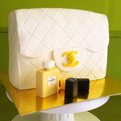 Chanel fondant cake | Torta para chicas |  Pastel de Chanel | Torta en forma de Cartera Chanel - Cod:CHL13