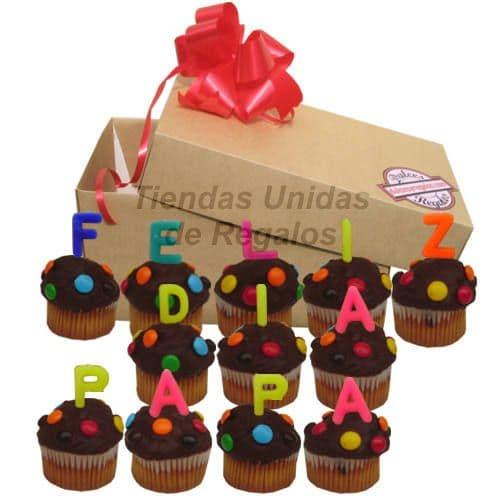 Grameco.com - 12 Muffins Fel�z d�a Pap� - Codigo:DDP09 - Detalles: Deliciosos muffins: con dise�os en masa elastica, Lleva consigo letras de azucar con texto de FELIZ DIA PAPA, Todo esto en una linda cajita de regalo, incluye tarjeta dedicatoria.  - - Para mayores informes llamenos al Telf: 225-5120 o 476-0753.