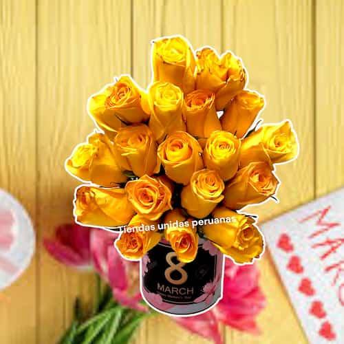 Dia de la Mujer - Arreglo con 6 Rosas x 3 - Codigo:DMJ07 - Detalles: Linda base de ceramica conteniendo media docena de rosas importada rojas incluye follaje y flores de estacion. Incluye dedicatoria. Cada una le sale a S/. 39 - - Para mayores informes llamenos al Telf: 225-5120 o 980-660044.