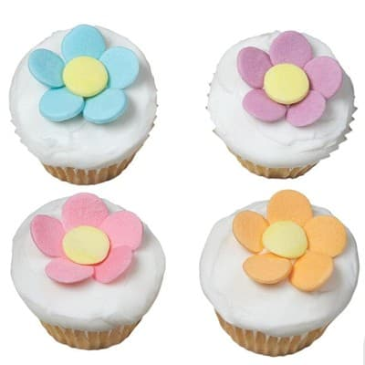 Cupcake para Ellas. - Codigo:DMJ38 - Detalles: Delicioso cupcake de vainilla con fina decoracion en masa elastica segun imagen.  cada uno viene en empaque individual para una entrega personal - - Para mayores informes llamenos al Telf: 225-5120 o 980-660044.