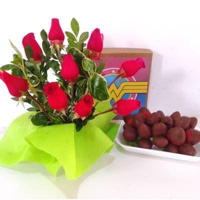 Arreglo de Rosas | Fresas con Chocolate - Cod:DMK12