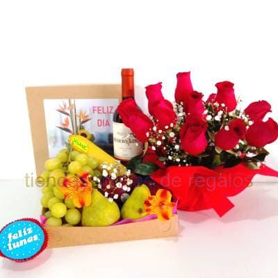 Rosas, Cava y Frutero para el 8 de Marzo - Cod:DMK13