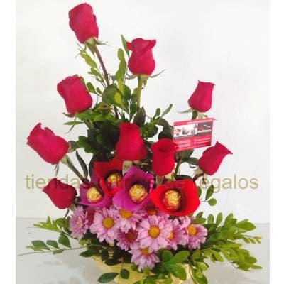 Arreglo con Rosas para 8 de Marzo - Cod:DMK19