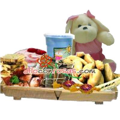 Dulce Sorpresa | Desayuno en Bandeja de Pino para regalar  - Cod:DSV09