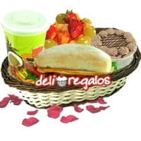Desayuno en cesta para enamorar - Cod:DSV11