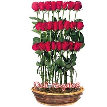lafrutita.com- Arreglo de 24 Rosas Importadas - Fresas con chocolate a domicilio y Arreglos Frutales - Whatsapp: 980660044