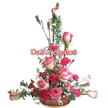 Canasta con Rosas Importadas - Cod:ARL30