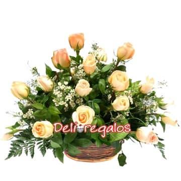 grameco.com - Arreglo de 12 Rosas Melon - Codigo:ARL31 - Detalles: Elegante arreglo compuesto de 12 rosas, flores y follaje de estaci�n.  - - Para mayores informes llamenos al Telf: 225-5120 o 476-0753.