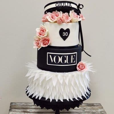 Torta Vogue Fashion | Tortas para Damas - Cod:FSH03