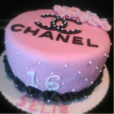 Torta Chanel Redonda | Torta Chanel | Cake | Chanel | Desserts - Cod:FSH08