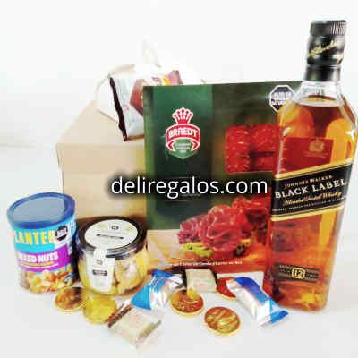 Canasta de Regalo con Parrilla y Vinos | Canasta Regalo con Vinos | Canasta para vino en Mimbre - Cod:MCN02