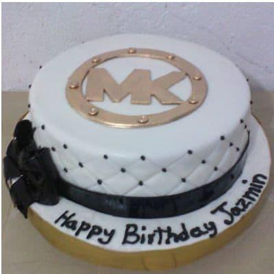 Desayunosperu.com - CARTERAS MK10 - Codigo:MMK10 - Detalles: Deliciosa torta de keke De Vainilla  ba�ada con manjar blanco y forrada con masa elastica con medidas de 25 cm de diametro - - Para mayores informes llamenos al Telf: 225-5120 o 476-0753.