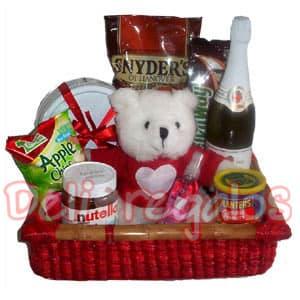 Cesta de regalos para novio - Whatsapp: 980-660044