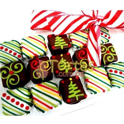 i-quiero.com - Alfajores de Navidad - Codigo:NAC02 - Detalles: Deliciosos 15 alfajores cuadrados rellenos con manjar blanco decorados totalmente con masa el�stica. Producto va en una caja de regalo sellada - - Para mayores informes llamenos al Telf: 225-5120 o 476-0753.