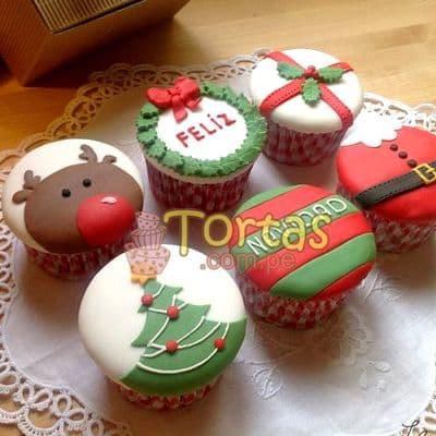 i-quiero.com - Cupcakes de Navidad - Codigo:NAC07 - Detalles: 6 Muffins de vainilla decorados totalmente con masa el�stica - - Para mayores informes llamenos al Telf: 225-5120 o 476-0753.