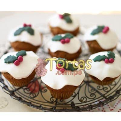 i-quiero.com - Cupcakes con tematica Navidad - Codigo:NAC12 - Detalles: 7 muffins de vainilla decorados con masa el�stica, presentaci�n en caja de regalo - - Para mayores informes llamenos al Telf: 225-5120 o 476-0753.