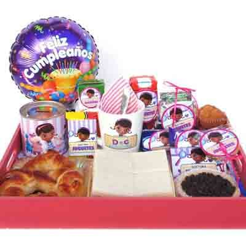 I-quiero.com - Desayuno ni�a 03 - Codigo:NAS03 - Detalles: Desayuna doctor juguete, con taza personalizada, 1 caja de frugos, 1  caja de chocolatda, 1 sandwich mixto,1 postre de 3 leches, 4 alfajores decorados con masa elastica, 1 chocolate sublime  1 muffin balado en chocolate, 1 ensalada, 1 latita decorativa, 1 globo feliz cumplea�os,todo en una bandeja - - Para mayores informes llamenos al Telf: 225-5120 o 476-0753.