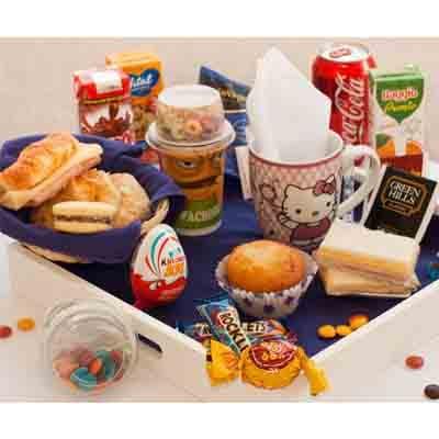 I-quiero.com - Desayuno ni�a 05 - Codigo:NAS05 - Detalles: Desayuno infantil, compuesto por taza personalizada, infusiones, 1 yogurt en vasito con cereal, 1 muffin de vainilla, 2 tostadas, porcion de mermelada y matequilla, 1 sandwich mixto, 4 alfajores, 1 huevo kinder sorpresa, 2 boonobon, 1 cocacola en lata, 1 caja de frugos, 1 caja de chocolatada, chinchines, 4 galletas chocochip, todo en una linda bandeja. - - Para mayores informes llamenos al Telf: 225-5120 o 476-0753.