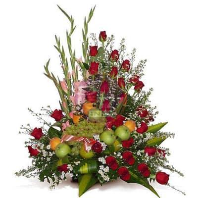 Arreglo de Rosas y Frutas Enteras - Cod:QFA07