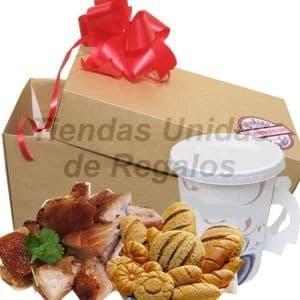 I-quiero.com - Mama Criolla 10! - Codigo:DMA08 - Detalles: Elegante caja de regalo en acabado color madera, material 100% ecologico y biodegradable conteniendo:, deliciosa porcion de chicharon de 250g, porcion de panecillos, Escencia de cafe pasado en taza de papel . Incluye tarjeta de dedicatoria.     - - Para mayores informes llamenos al Telf: 225-5120 o 476-0753.