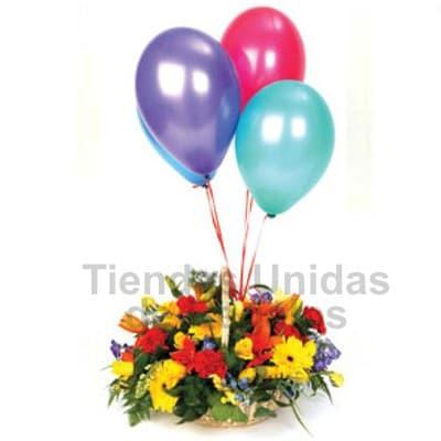 grameco.com - Peque�o detalle floral a base de flores y plantas de estaci�n en una base de ceramica. El presente incluye 3 globos multicolor como parte del arreglo floral. Incluye tarjeta de dedicatoria.   Los colores y tipos de flores son referenciales.  - Atendemos 24 horas. Llamar al 225-5120 o via Whatsapp: 980-660044