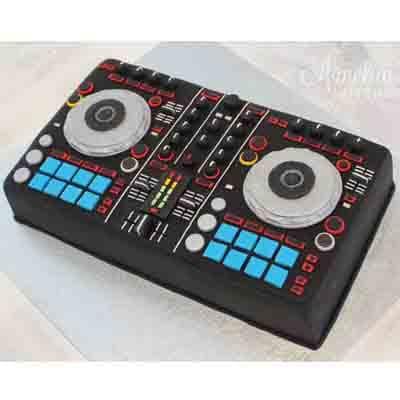 Torta DJ - Cod:SGG08