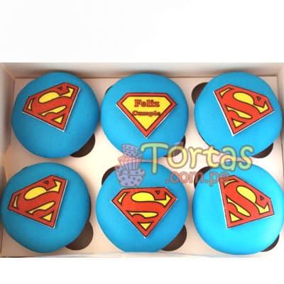 Diloconrosas.com - Muffins Superman - Codigo:SPN09 - Detalles: 6 deliciosos muffins de vainilla ba�ados con manjar blanco y forrados con masa elastica segun dise�o - - Para mayores informes llamenos al Telf: 225-5120 o 476-0753.