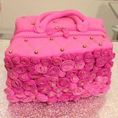 Torta con forma de Cartera - Whatsapp: 980-660044