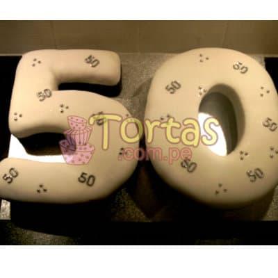 I-quiero.com - Torta 50 a�os 03 - Codigo:TCS03 - Detalles: Delicioso queque De Vainilla   forrada en masa el�stica. Medidas: 20x30cm dando forma a ambos n�meros - - Para mayores informes llamenos al Telf: 225-5120 o 476-0753.