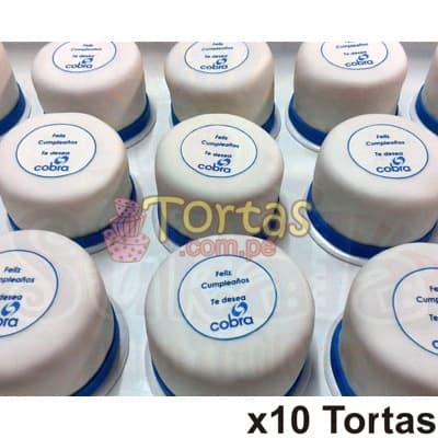 I-quiero.com - Fotortas x10 - Codigo:TGR16 - Detalles: Keke De Vainilla ba�ado con manjar blanco y forrado con masa el�stica. Incluye decoraci�n haciendo referencia a la imagen. Los colores son cambiados a solicitud del cliente. Medidas: 10x10cm Cada torta viene en papel celofan individual. Cantidad: 10 unidades   - - Para mayores informes llamenos al Telf: 225-5120 o 476-0753.
