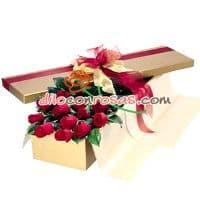 Ramo de Rosas importadas en Caja - Cod:VAT06