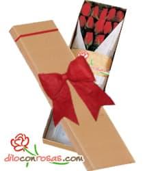 i-quiero.com - Caja de 12 rosas importadas para San Valentin - Codigo:VLN30 - Detalles: Exclusiva caja ecologica Diloconrosas conteniendo 12 rosas rojas importadas de tallo largo. Incluye tarjeta de dedicatoria. - - Para mayores informes llamenos al Telf: 225-5120 o 476-0753.