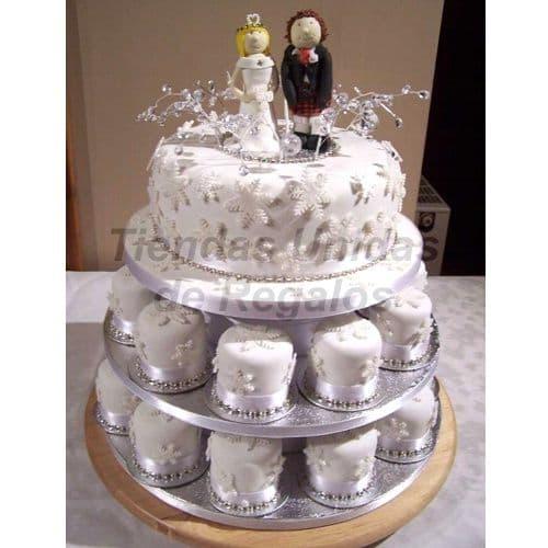 Tortas de Cupcakes | Mini tortas y Novios de azucar | Torta de Matrimonio - Cod:WAM16