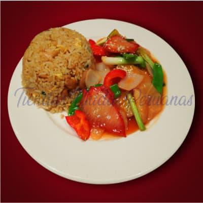 Pollo con Tamarindo con Chancho al ajo | Chifa a Delivery | Chifa platos a la Carta - Cod:WCB03