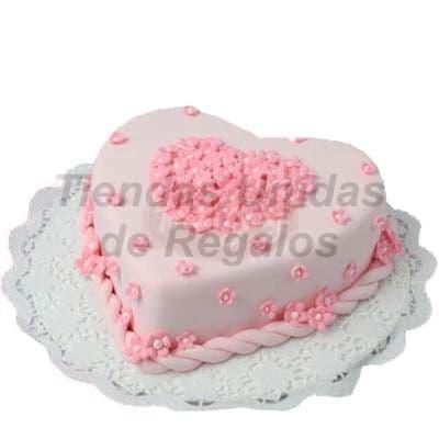 Torta Corazon - Codigo:WDA01 - Detalles: Delicioso queque De Vainilla  , el decorado es a base de masa el�stica.Mide 20 x 21cm.  - - Para mayores informes llamenos al Telf: 225-5120 o 4760-753.