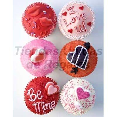 Muffin Art�stico 11 - Codigo:WMF11 - Detalles: 6 muffins finamente decorados con masa el�stica y figuras representativas de labios, corazones y mensaje I love you. Este producto se entregara 24 horas despu�s de realizar el pedido. - - Para mayores informes llamenos al Telf: 225-5120 o 980-660044.