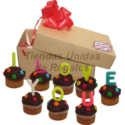 I-quiero.com - Muffin  Artistico 25 - Codigo:WMF25 - Detalles: 8 muffins, ba�ados de chocolate y finamente decorados con grageas, con el  mensaje