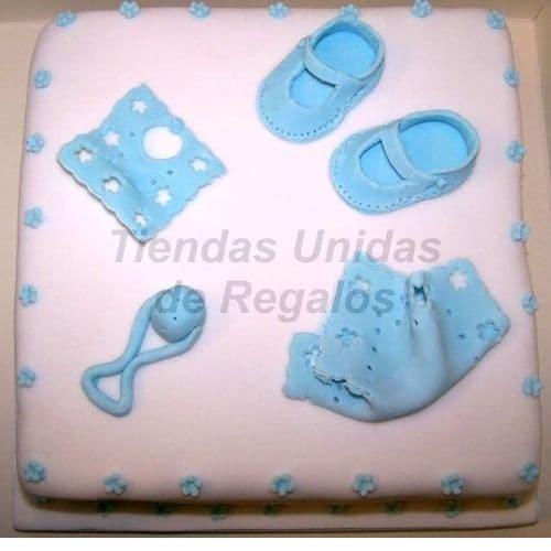Diloconrosas.com - Torta Bebe 08 - Codigo:WNA08 - Detalles: Torta a base de keke De Vainilla con medida de 35 cm.x 35cm,Todo el decorado esta hecho a base de masa el�stica.  - - Para mayores informes llamenos al Telf: 225-5120 o 476-0753.