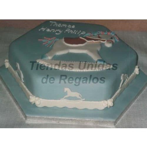 Diloconrosas.com - Torta Bebe 18 - Codigo:WNA18 - Detalles: Torta a base de keke De Vainilla con medida de 25 x 25 cm.. Todo el decorado esta hecho a base de masa el�stica. Rinde 16 porciones. - - Para mayores informes llamenos al Telf: 225-5120 o 476-0753.