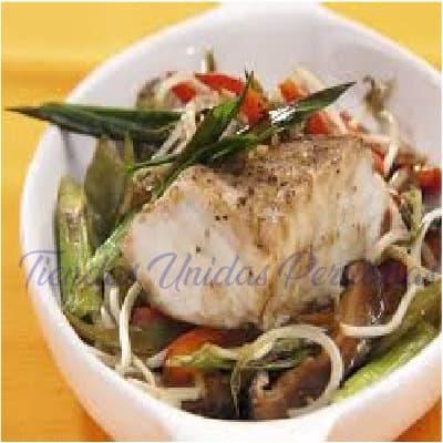 Pollo al vapor con salchicha China | Delivery Chifa Callao | Delivery de Chifa - Whatsapp: 225-5120